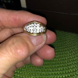 Brilliant Vintage Diamond Studded 14k Gold Ring